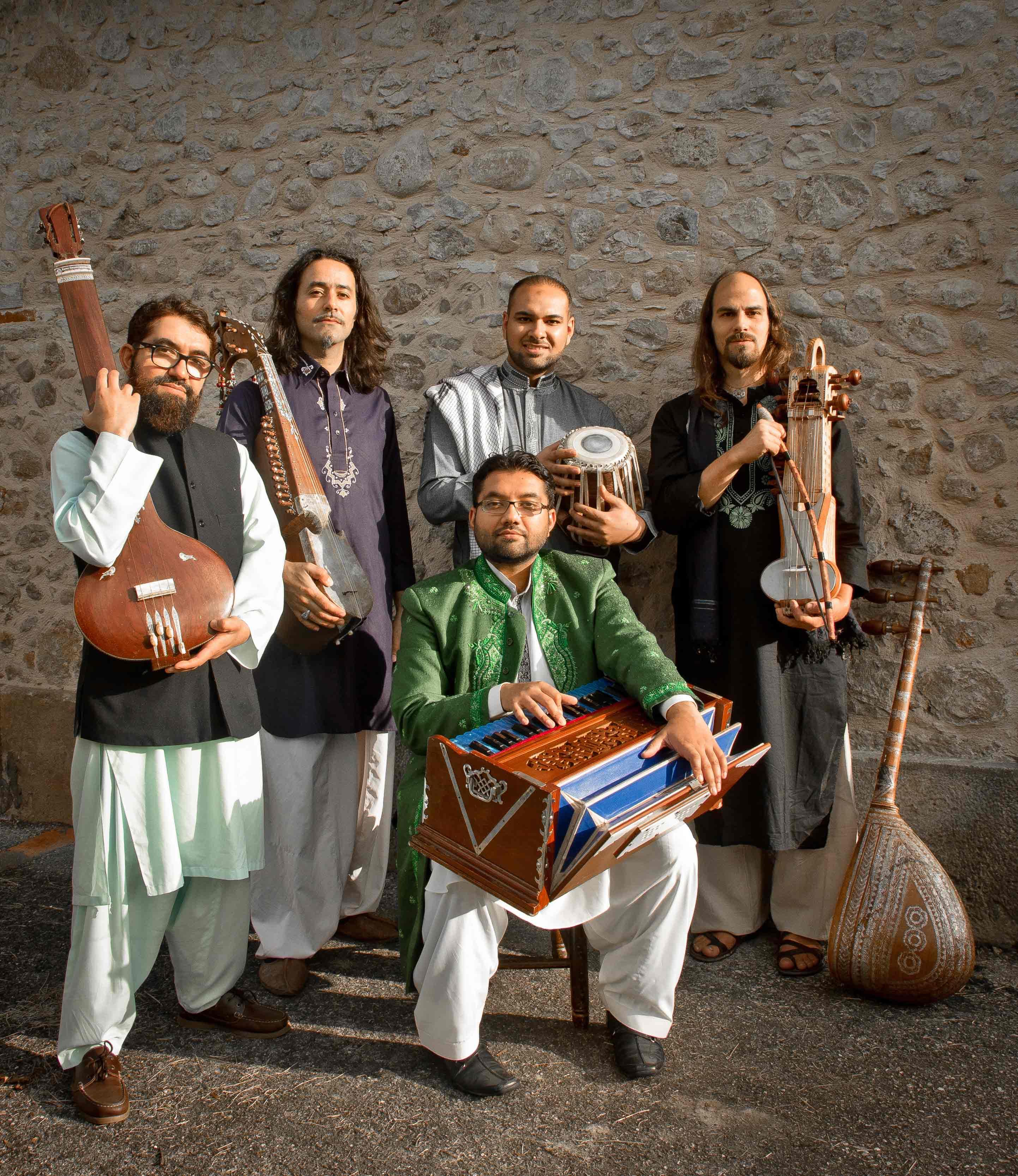 http://www.saphirnews.com/agenda/AFTAB-Chants-du-Pakistan-Voyage-au-coeur-des-chants-mystiques_ae420509.html