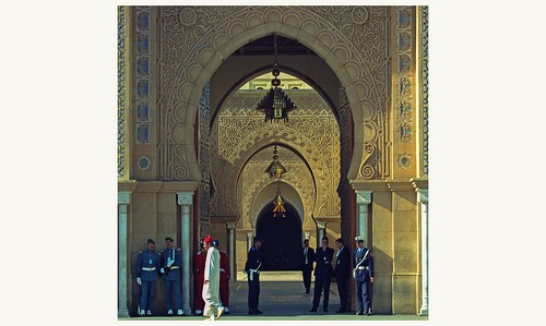 https://www.saphirnews.com/agenda/Comprendre-la-monarchie-marocaine_ae556863.html