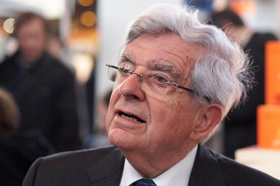 Accusé de racisme, une pétition contre Chevènement à la présidence de la Fondation pour l'islam