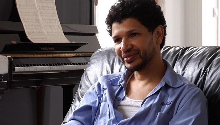 Rachid Djaïdani est un des auteurs présents dans le documentaire «Nos plumes» de Keira Maameri.