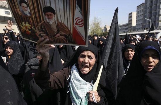 Hajj : des milliers d'Iraniens dans les rues contre l'Arabie Saoudite