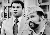 Mohammed Ali et Jabir Herbert Muhammad (1977)