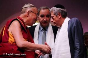 Autour du Dalaï-lama, la force du dialogue interreligieux réaffirmée en France