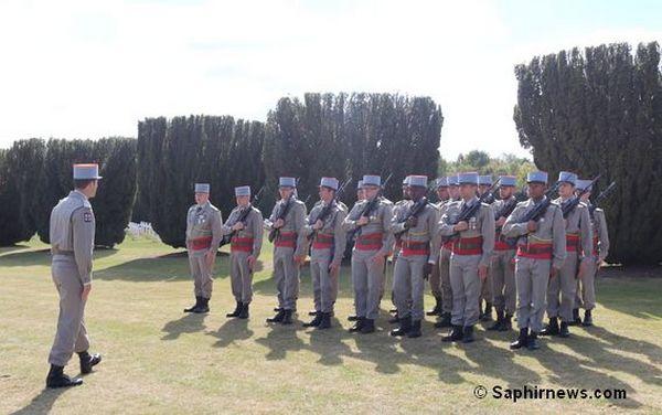 Aux dix ans de l'aumônerie musulmane des armées, une brigade du premier régiment des tirailleurs d'Epinal, qui ont repris des traditions de regiments de l'Armée d'Afrique. © Saphirnews.com