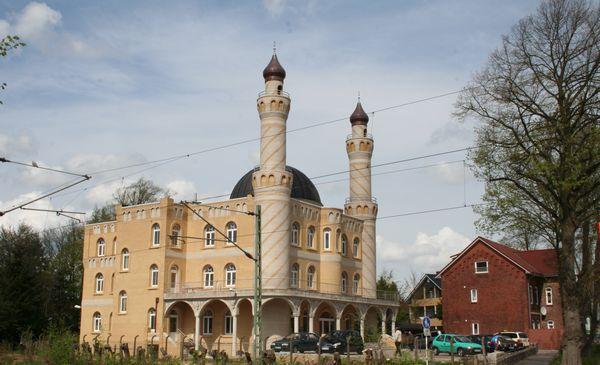 Des parents ont refusé en juin 2016 la participation de leur enfant à une sortie scolaire menant la classe à visiter la mosquée de Rendsburg (ici à l'image), au nord de l'Allemagne.