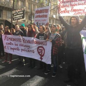 Les féministes révolutionnaires à la manifestation en faveur d'Adama Traoré. © Saphirnews.com