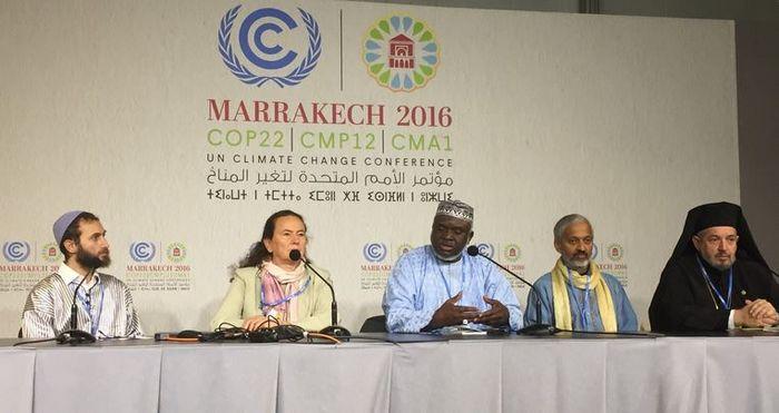 Une cérémonie officielle a été organisée le 10 novembre à Marrakech dans le cadre de la COP22 afin de remettre aux Etats la déclaration interreligieuse sur le changement climatique. © Twitter/Einar Tjelle