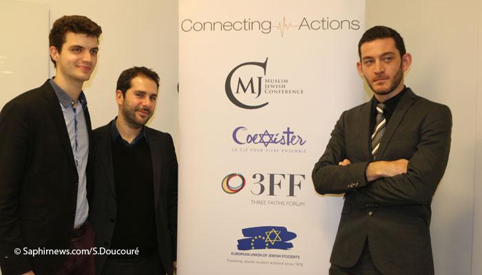 Emmanuel Michel (Coexister), Rafaël Tyszblat et Ilja Sichrovsky (MJC) lors du symposium consacré au dialogue interreligieux et interculturel à la FIAP Jean Monnet. ©Saphirnews/S.Doucouré.