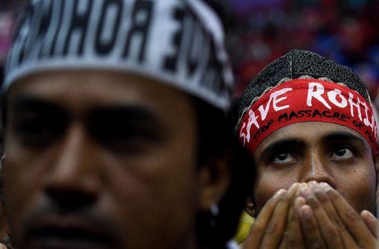 Plus de 21 000 Rohingyas fuient les persécutions en Birmanie