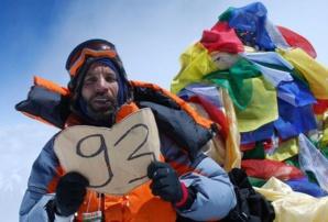 Nadir Dendoune à son ascension en 2008.