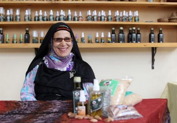 La Marocaine Khadija Elharim a crée Tifawi, une coopérative féminine d'argan. © Women SenseTour in Muslim Countries