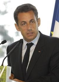 Sarkozy présente son plan anti-chômage