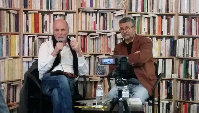 François Burgat, auteur de « Comprendre l'islam politique » (à gauche), aux côtés de Dominique Vidal à l'Iremmo le 10 janvier.