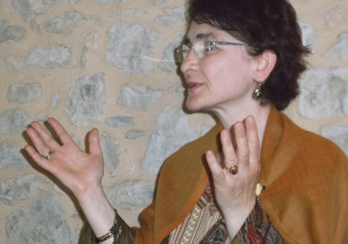 La cheikha Hayat Nur Artiran est, depuis 2005, guide spirituelle de la confrérie soufie Mevlevi. (Photo © Clara Murner)