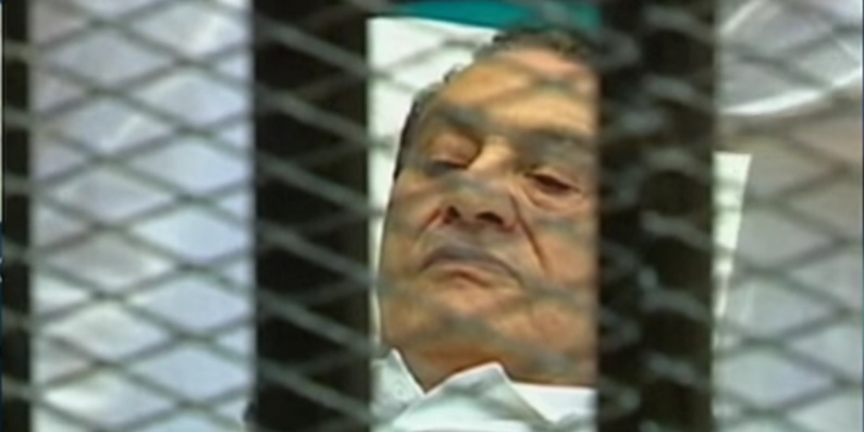 Egypte : six ans après sa chute, Hosni Moubarak libre