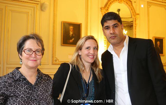 La mission sur la formation des cadres religieux et l'islamologie en France a été menée par l'historienne Catherine Mayeur-Jaouen (à gauche), la juriste spécialiste de la laïcité Mathilde Philip-Gay, et l'islamologue Rachid Benzine. Ici, en décembre 2016 lors de la 3e instance de dialogue avec l'islam au ministère de l'Intérieur.
