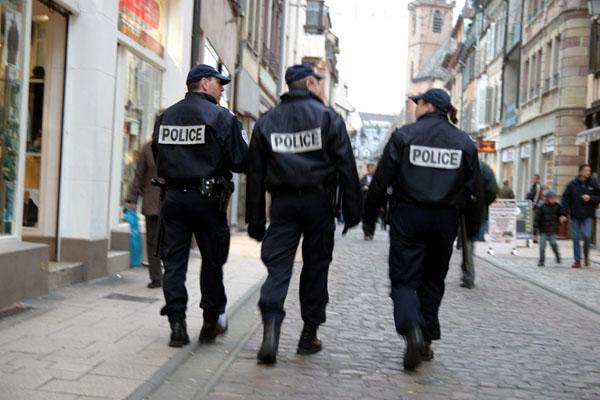 Lycéen blessé au flash-ball : la famille déçue de la peine en appel contre un policier