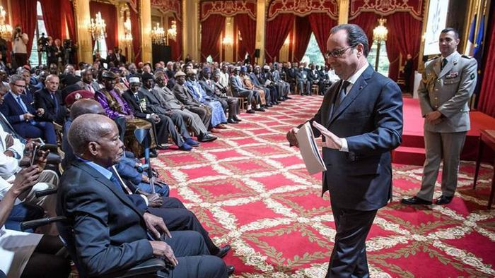 Une cérémonie en l'honneur des tirailleurs sénégalais a été organisée samedi 15 avril à l'Elysée, présidée  par François Hollande. © AFP