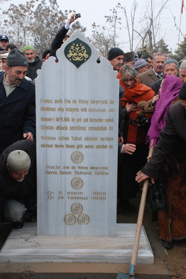 Eva repose désormais à Konya, en Turquie, tel que son rêve le présageait. Photo © Samil Kuçur