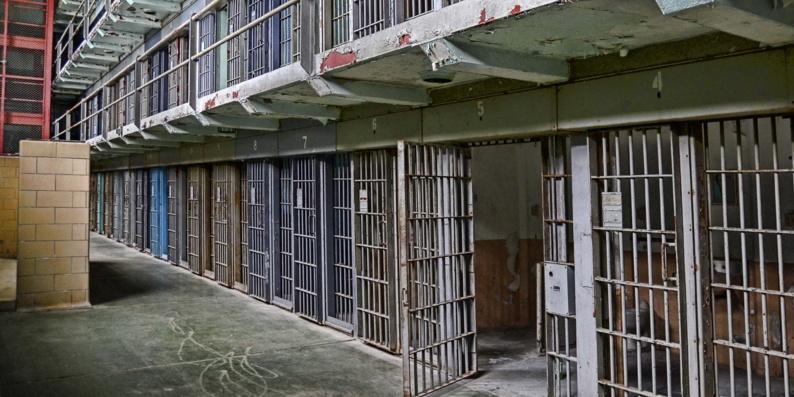 Les aumôniers réclament la réduction du nombre de détenus en prison