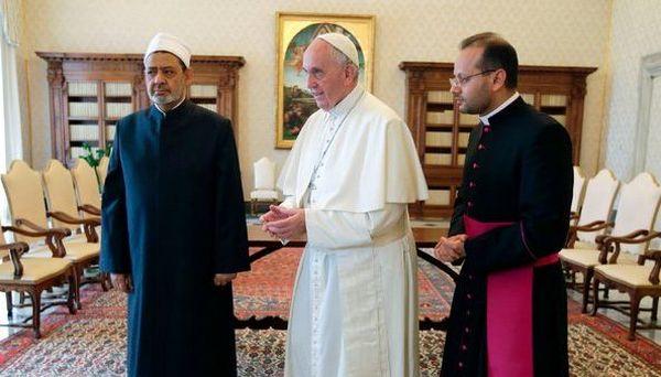 La visite du Pape à Al-Azhar : répondre à un défi historique