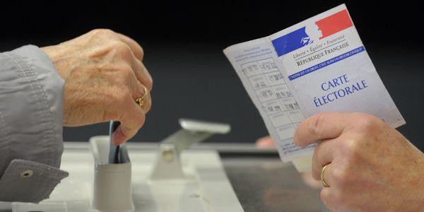 Orange : contrainte d'enlever son voile, une électrice porte plainte