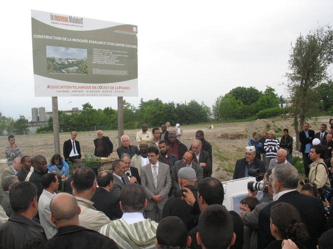 Inauguration des travaux du centre islamique Assalam, à Nantes, le 10 mai 2009.