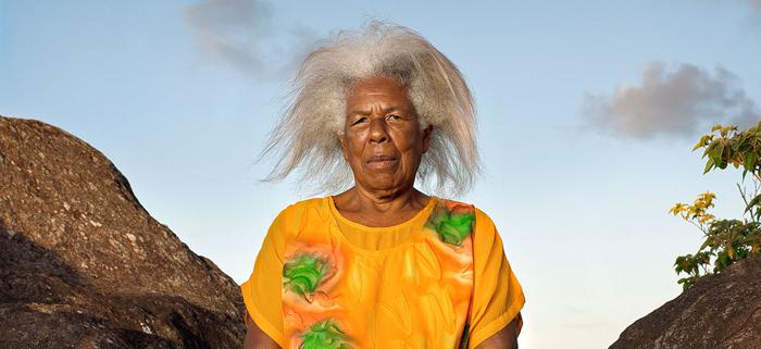 Women in yellow, série « Garifunas », de Robert Charlotte, qui fait partie des 10 photographes exposés dans « Impressions mémorielles », au musée de l'Homme, jusqu'au 10 juillet. (photo © Robert Charlotte)