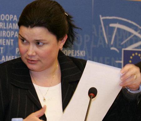 Emine Bozkurt : « J'ai toujours été attachée à l'Europe et j'ai eu besoin de passer à l'action. »