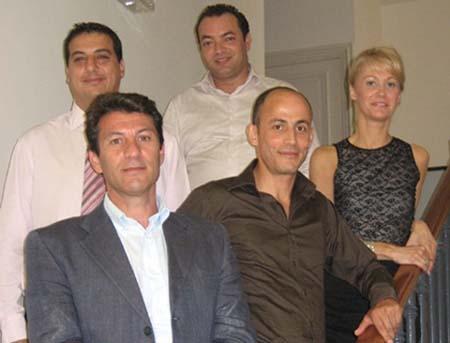 Cinq des sept membres fondateurs de la fédération Mosaïc*.