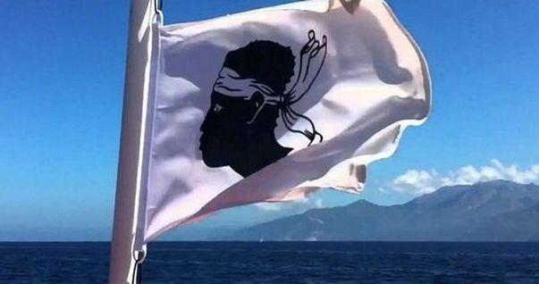 Le syndicat des travailleurs Corses (STC) à la DIRECCTE - © Corse Matin