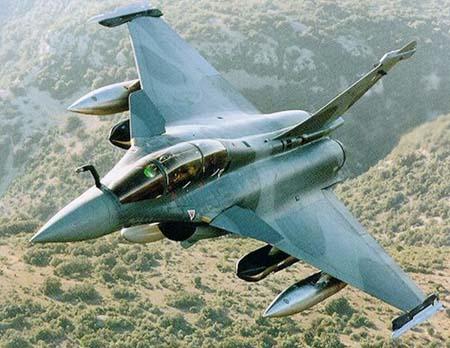 Le Rafale de l'entreprise Dassault Aviation était une fois de plus la vedette du Salon.