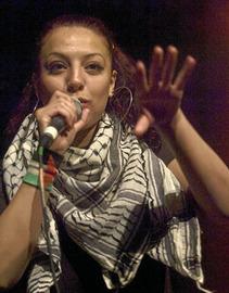 Entretien avec Safaa Arapiyat, rappeuse palestinienne