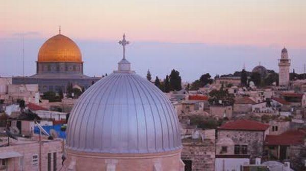 Les chefs d'églises de Jérusalem : « Garantir le droit aux musulmans d'accéder librement à la mosquée Al-Aqsa »