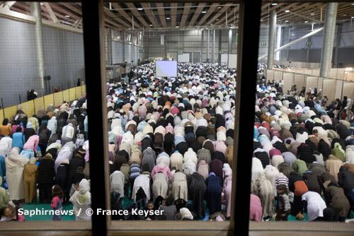 Près de dix mille fidèles, venus de Lille et des villes environnantes, sont rassemblés au Grand Palais. (Photo : ici, en 2007.)
