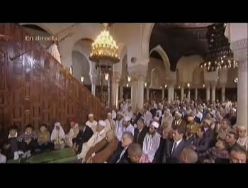 Pour la première fois, l'Aid el-Fitr est retransmis en direct à la télévision. Ici la capture d'écran de l'émission rediffusée sur le site de France 2.