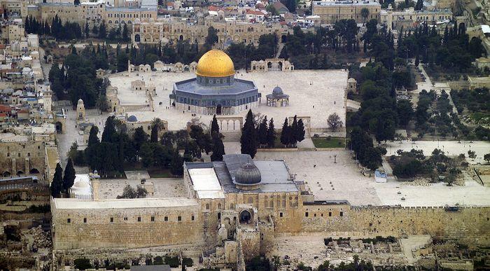Jérusalem : la remise en cause du statu quo sur l'esplanade des Mosquées révolte