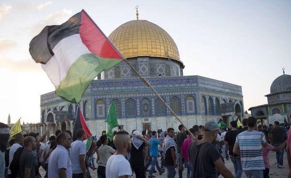 Sur l'esplanade des Mosquées à Jérusalem. © Activestills