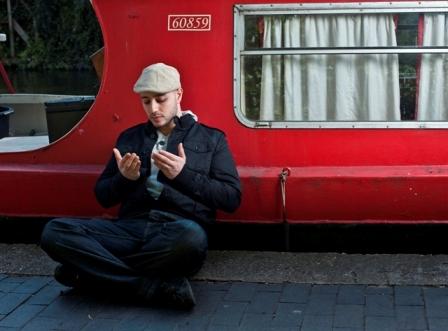Maher Zain, 28 ans, en lancement pour son premier album « Thank You Allah ».