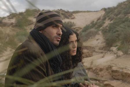 Présenté en clôture du Maghreb des films, « Harragas », de Merzak Allouache, raconte l'odyssée d'un groupe de jeunes Algériens en quête de l'Eldorado européen, qui traversent clandestinement la Méditerranée.