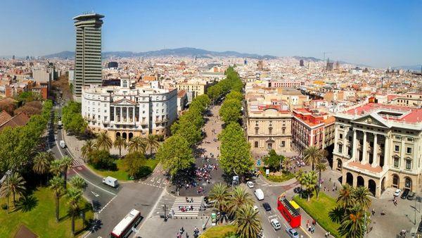 La classe politique française exprime sa solidarité — Attentat à Barcelone