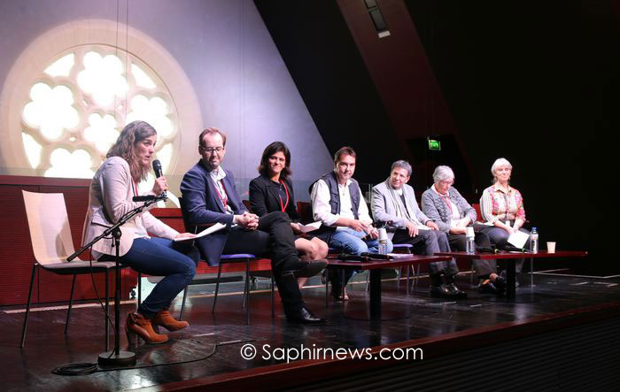De gauche à droite, Lucie Ziane, présidente du GFIC ; Benoît et Sana de Courcelles, membres du GFIC ; le père Eric Morin, théologien ; Miloud et Jacqueline Miraoui, fondateurs du GFIC et Dominique Fonlupt-Achbarou, ex-présidente du GFIC.
