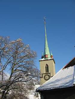 Le clocher de la Nidder-Kirche, en Suisse. (photo : Flickr)