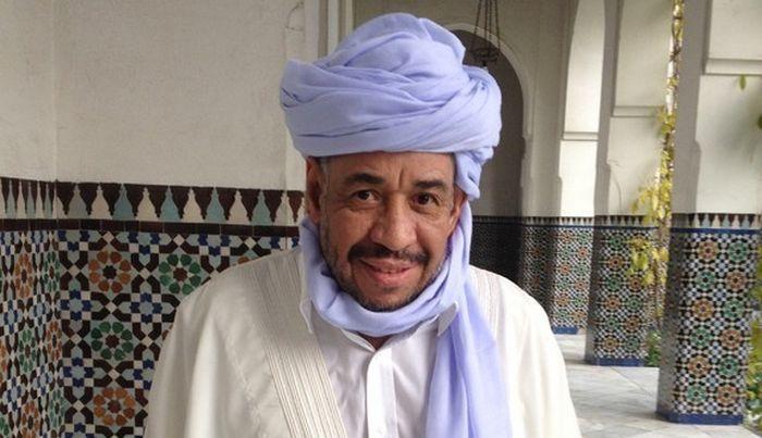 Le recteur et imam de la grande mosquée de Clermont-Ferrand Hocine Mahdjoub est décédé samedi 7 octobre à l'âge de 60 ans. Ici en 2013, à la Grande Mosquée de Paris. © DR