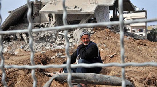 Photo de Shareefsa, photographe palestinien (voir son reportage photo sur la guerre à Gaza : http://www.flickr.com/photos/30837739@N04/show/ )