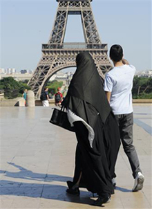 Une voix juive contre l'interdiction de la burqa en France