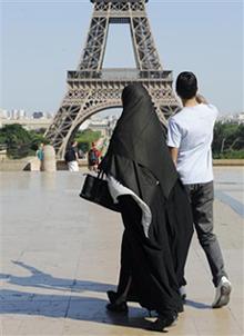 Une voix juive contre l'interdiction de la burqa en France