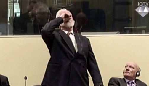 Bosnie : l'ex-responsable des forces croates se suicide en plein verdict du TPIY (vidéo)
