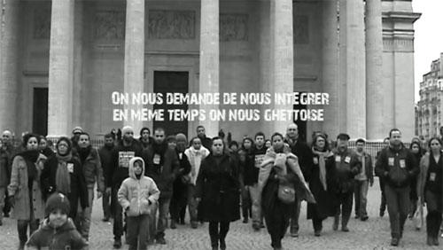 Image d'une vidéo, tournée par le Collectif 24 h sans nous, devant le Panthéon, sur les paroles et la musique de Youssoupha.