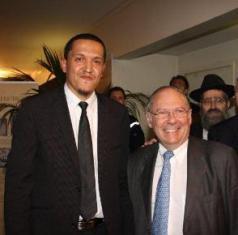 Hassan Chalghoumi accompagné de Richard Prasquier, président du CRIF.